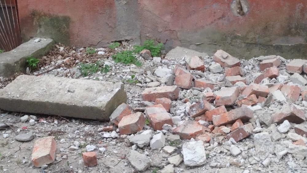 Куски бетона разуклонка из керамзитобетоном