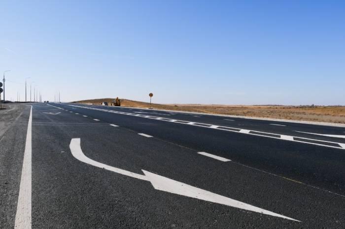 За федеральные деньги ремонтируют трассу Астрахань-Камызяк