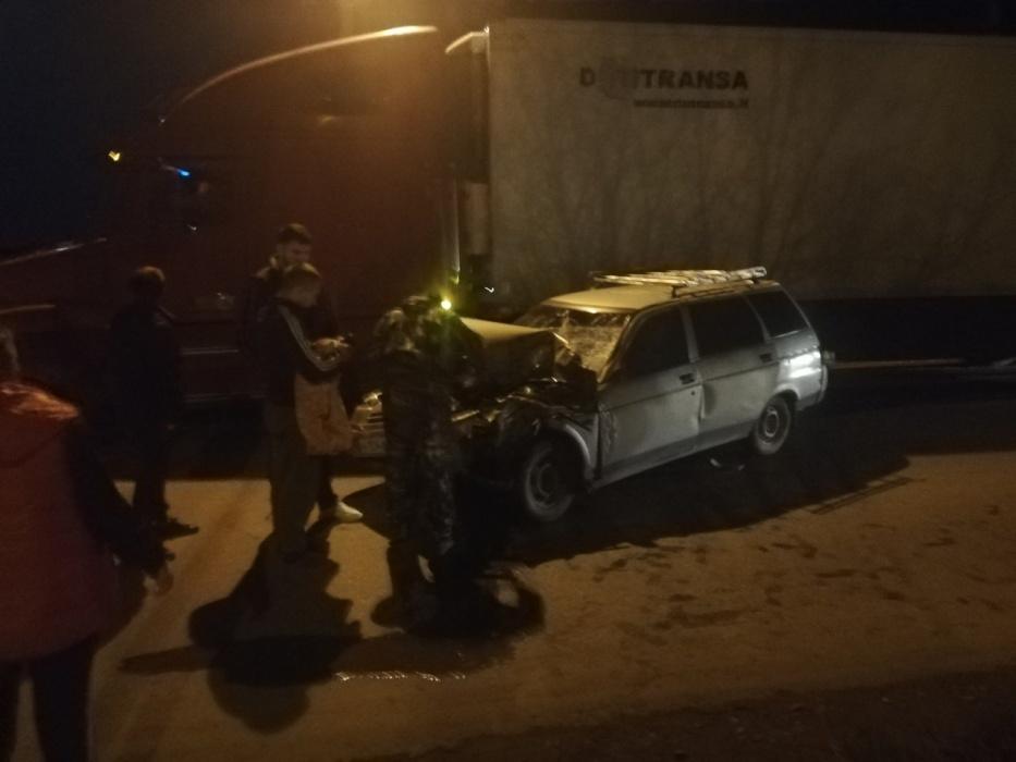 В поселке Свободный за час произошли две серьезные аварии