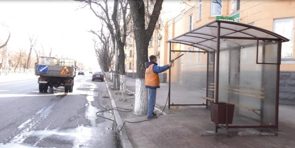 На каких астраханских улицах остановки нужно дезинфицировать не один раз